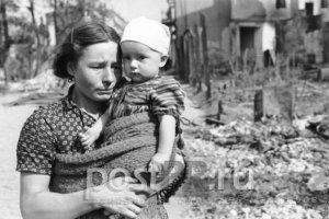 Она потеряла в войну родных детей и взяла в семью чужих